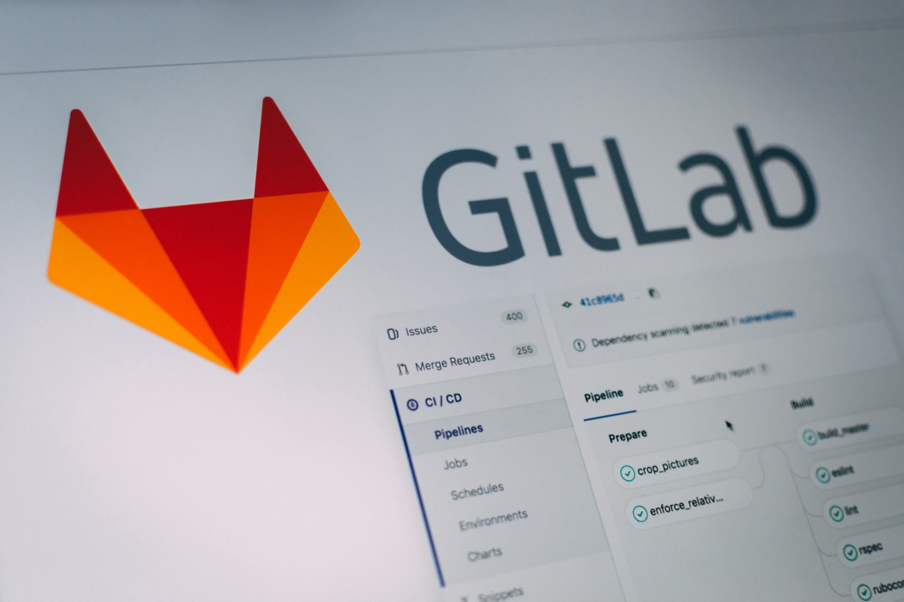 Microservices automated versioning with Gitlab-CI